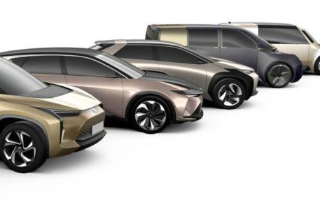 Immagini auto elettriche Toyota