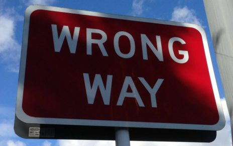 Wrong-Way Driver Warning di Bosch