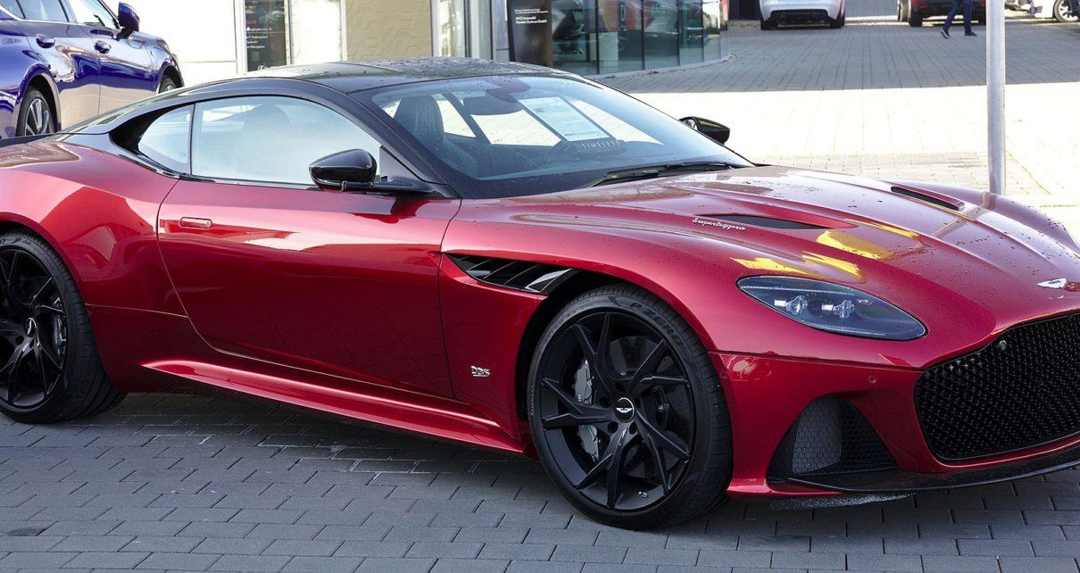 Scheda tecnica Aston Martin DBS Superleggera
